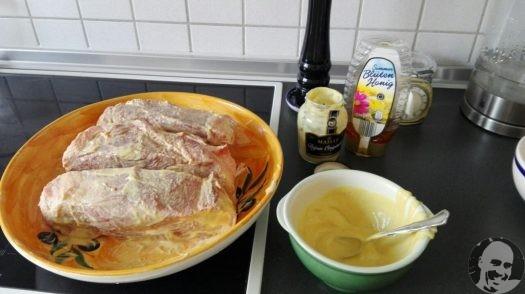 Pulled Pork Selber Machen Gasgrill : Pulled pork auf einem kleinen weber gasgrill kabj
